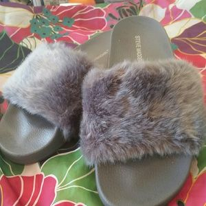 Steve Madden furry slides